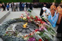 Митрополит Киевский и всея Украины Онуфрий совершил литию по погибшим в Великой Отечественной войне