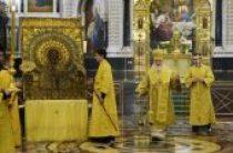 В канун дня памяти святителя Николая Чудотворца Святейший Патриарх Кирилл совершил всенощное бдение в Храме Христа Спасителя