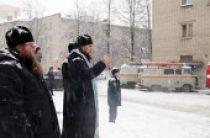 Священники Ярославской епархии оказывают помощь пострадавшим при взрыве жилого дома