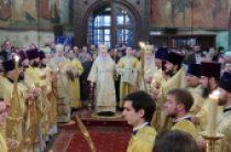 В день памяти святителя Киприана Московского митрополит Крутицкий Ювеналий совершил Литургию в Успенском соборе Московского Кремля
