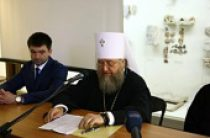 Митрополит Астанайский Александр открыл международные Владимирские чтения в Севастополе