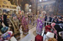 В день воспоминания Тайной Вечери митрополит Киевский Онуфрий совершил Литургию в Киево-Печерской лавре