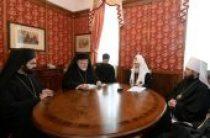 Состоялась беседа Святейшего Патриарха Кирилла с делегацией Константинопольского Патриархата
