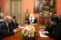 Святейший Патриарх Кирилл встретился с послом Государства Палестина в России Фаедом Мустафой