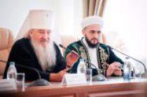 Глава Татарстанской митрополии принял участие в работе Республиканского форума социально ориентированных НКО