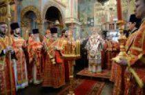 В день Радоницы Святейший Патриарх Кирилл совершил Литургию и пасхальное поминовение усопших в Архангельском соборе Московского Кремля