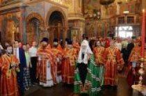 В день Радоницы Предстоятель Русской Церкви совершил Литургию и пасхальное поминовение усопших в Архангельском соборе Московского Кремля