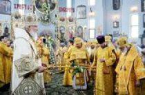 В праздник Собора Белорусских святых Предстоятель Русской Церкви совершил Литургию в Воскресенском соборе г. Бреста