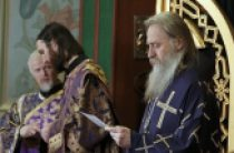 Архиепископ Сергиево-Посадский Феогност возглавил торжества по случаю престольного праздника Алексеевского ставропигиального монастыря