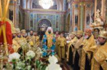 В Харькове состоялся молебен по случаю 24-летия исторического Архиерейского Собора Украинской Православной Церкви
