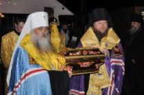 Ковчег с мощами святого равноапостольного князя Владимира принесен в Барнаул