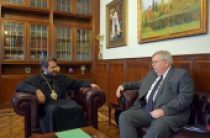 Состоялась встреча митрополита Волоколамского Илариона с послом США в России
