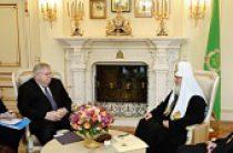 Святейший Патриарх Кирилл встретился с послом США в России Джоном Ф. Теффтом