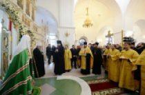 Святейший Патриарх Кирилл посетил Петропавловский собор в Салехарде
