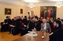 В Курске завершились курсы жестового языка для священнослужителей