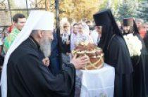 Предстоятель Украинской Православной Церкви посещает епархии Донецкой области