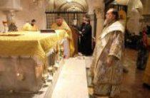 Делегация Казахстанского митрополичьего округа совершила паломничество к мощам святителей Николая Чудотворца и Спиридона Тримифунтского
