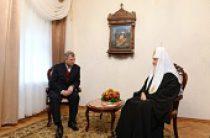 Состоялась встреча Святейшего Патриарха Кирилла с губернатором Калужской области А.Д. Артамоновым