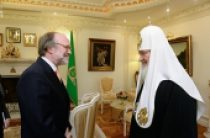 Святейший Патриарх Кирилл встретился с послом Нидерландов в России