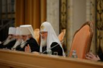 Святейший Патриарх Кирилл: Священническая хиротония может совершаться только над лицами с полным семинарским образованием