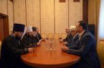 Митрополит Волоколамский Иларион встретился с председателем Управления мусульман Кавказа шейх-уль-исламом Аллахшукюром Паша-заде