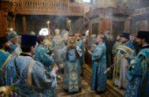 В праздник Сретения Владимирской иконы Божией Матери Предстоятель Русской Церкви совершил Литургию в Сретенском монастыре города Москвы