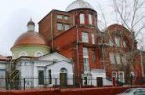 Иерархи Грузинской Православной Церкви совершили богослужение в московском храме великомученика Георгия в Старых Грузинах