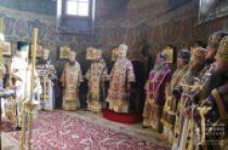 Предстоятель Украинской Православной Церкви в Неделю 4-ю Великого поста совершил Божественную литургию в Киево-Печерской лавре