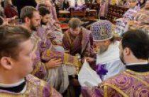 В день установления Таинства Евхаристии глава Митрополичьего округа в Республике Казахстан совершил богослужения Великого Четверга