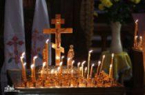 В епархиях Украинской Православной Церкви вознесли заупокойные молитвы о погибших в авиакатастрофе в Египте