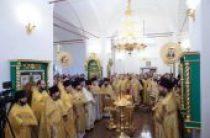 В день памяти святителя Филарета Московского митрополит Крутицкий Ювеналий возглавил в Коломне торжества, посвященные памяти святителя и 630-летию Старо-Голутвина монастыря