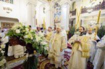 В праздник Рождества Христова митрополит Астанайский Александр совершил Литургию в Вознесенском кафедральном соборе Алма-Аты