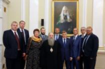 Управляющий делами Московской Патриархии митрополит Варсонофий встретился с депутатами Заксобрания Санкт-Петербурга