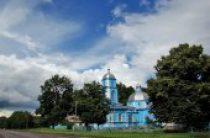 В селе Птичья продолжается противостояние верующих Украинской Православной Церкви и раскольников