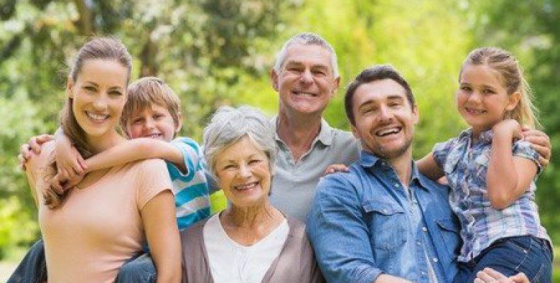 Как должны обращаться дети к родителям: на «ты» или на «вы»?