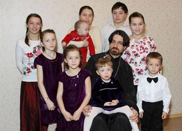 Дети с папой