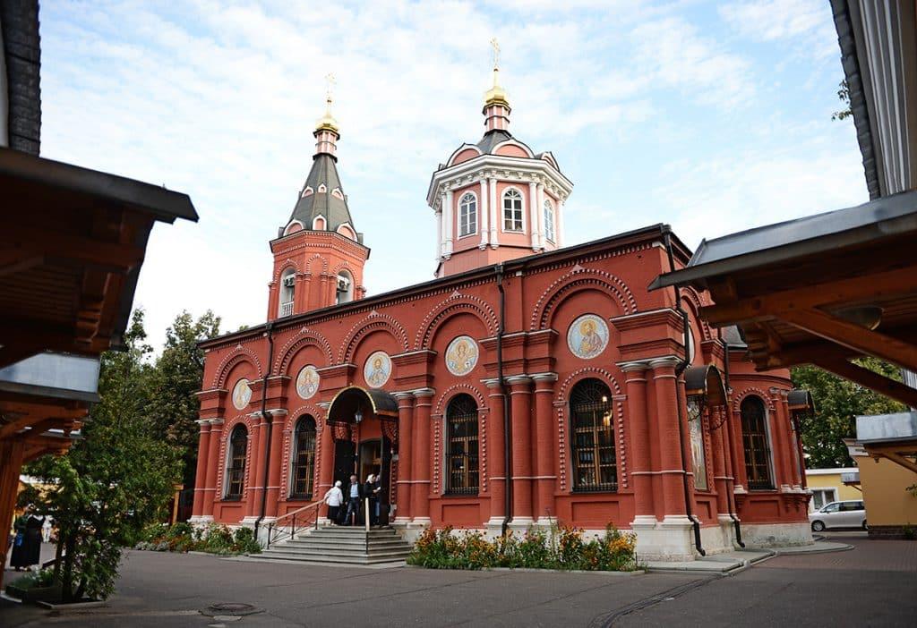 Достопримечательности и святыни Храма Бориса и Глеба в Дегунино