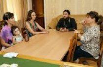 В Ташкентской епархии проводят огласительные беседы для неслышащих людей