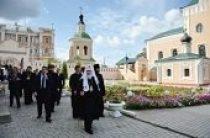 Святейший Патриарх Кирилл посетил Свято-Троицкий женский монастырь г. Смоленска